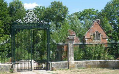 La rénovation du portail du « Chalet anglais » à Pontcarré