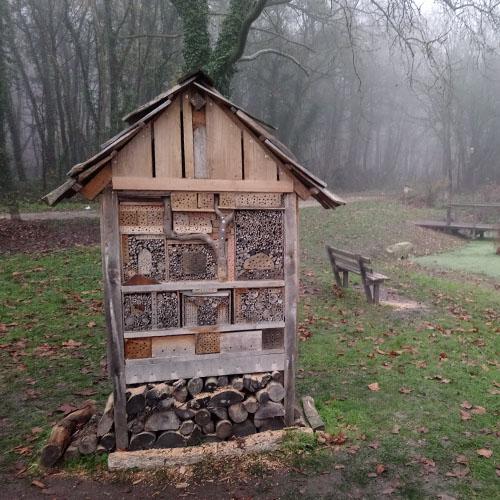 Initiatives77 : Création et installation d'un hôtel à insectes