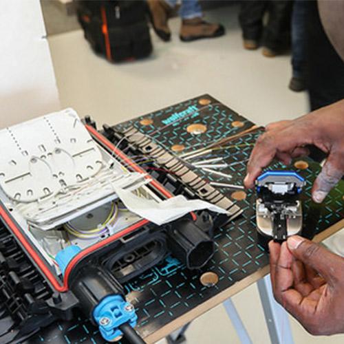 Initiatives77 - Formation pré-qualifiante et certification aux métiers de la fibre optique