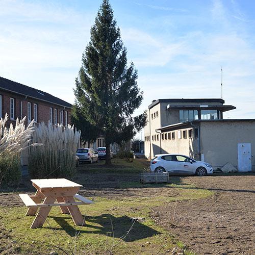 Initiatives77 - Embellissement et aménagement de l'espace SNCF Réseau à Vaires (après)