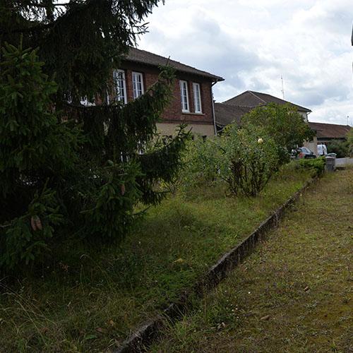 Initiatives77 - Désherbage et débroussaillage chez SNCF Réseau à Vaires (avant)