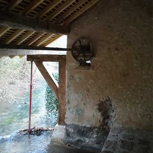 Initiatives77 - Rénovation du lavoir (pendant)