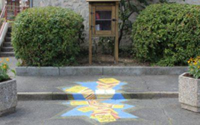 La réalisation d'une boîte à livres et d'un trompe-l'œil à Bagneaux-sur-Loing