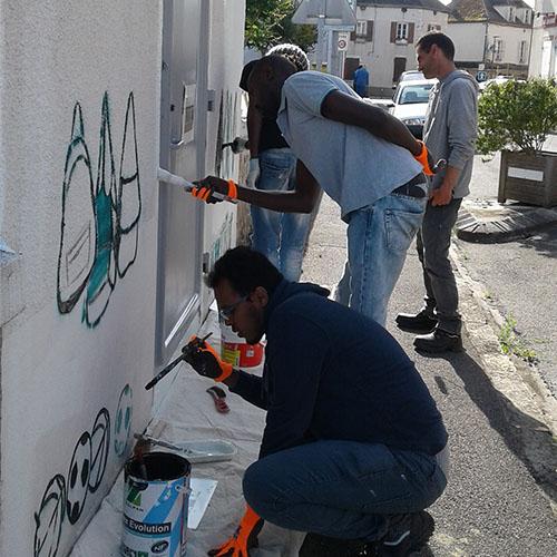 Initiatives77 - Réalisation d'une fresque en mémoire d'un instituteur de Château-Landon (pendant)