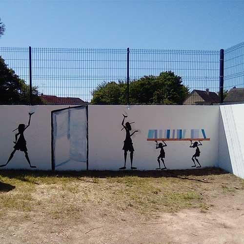 Initiatives77 - Réalisation d'une fresque sur les murs de l'école de la Tour d'Aleron
