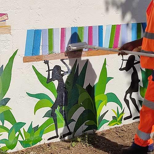 Initiatives77 - Pose du vernis Anti-graffiti