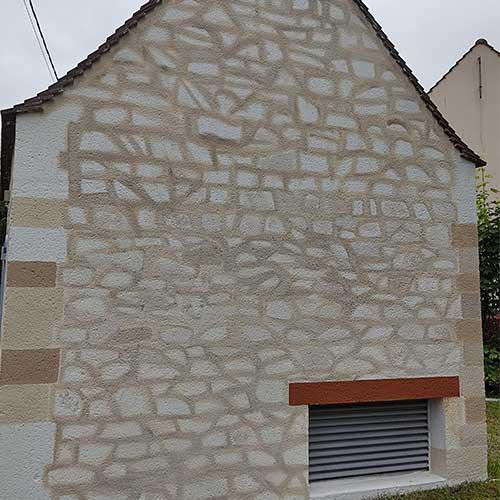 Initiatives77 - Création de fausses pierres au pinceau